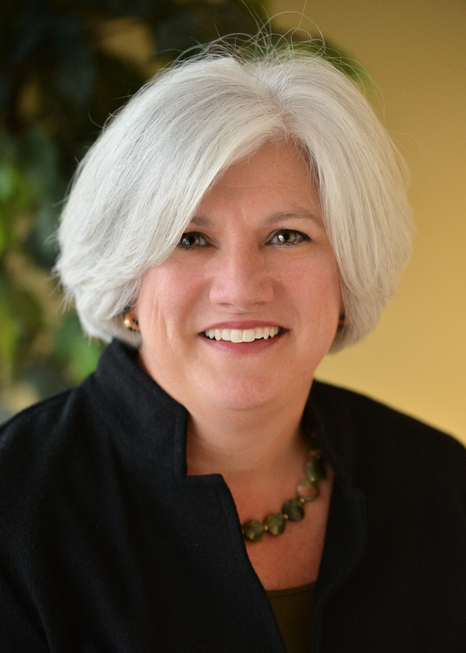 Nancy Baum Headshot